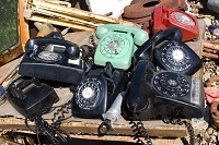 business-telephones-old-080522b0031-200w