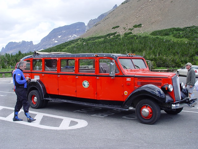 trip-2003-07-14-mt-west-glacier-glacier-national-park-red-bus-640w