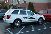 ky-kentucky-georgetown-lawless-america-movie-jeep-at-comfort-inn-2012-06-21 002-200w