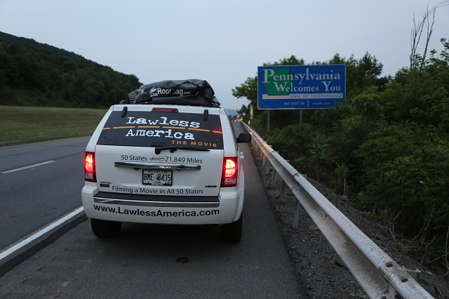 pennsylvania-border-welcome-sign-jeep-lawless-america-movie-2012-07-19 049-640w